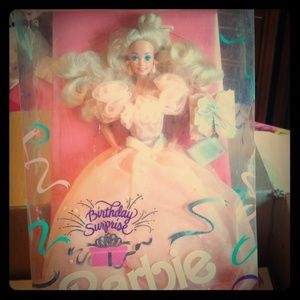 🎁 Birthday Surprise Barbie